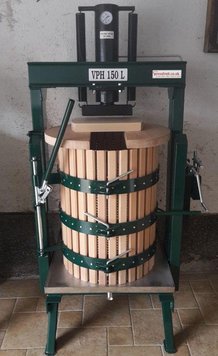 hydraulic fruit press - opening basket