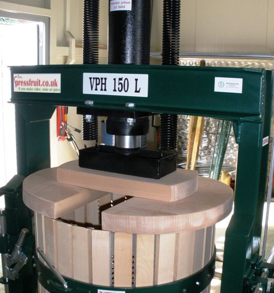 hydraulic fruit press - 150 L