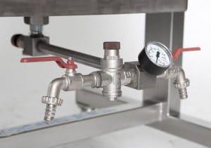 Waterpress / hydropress - pressure gauge