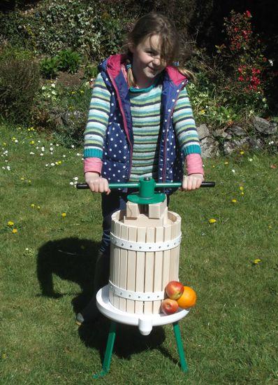 12 litre fruit press -size