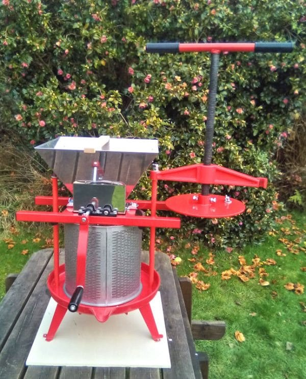 Cross beam fruit press and apple crusher combo - photo